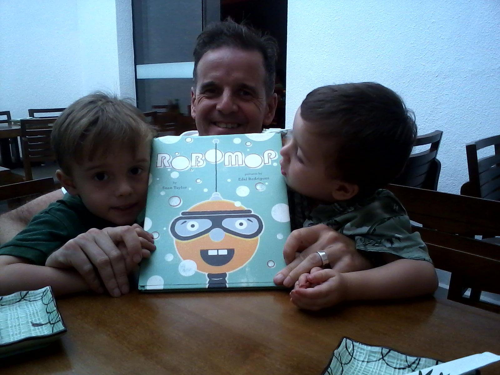 Sean, Joey, Rafa & Robomop Dec 2012
